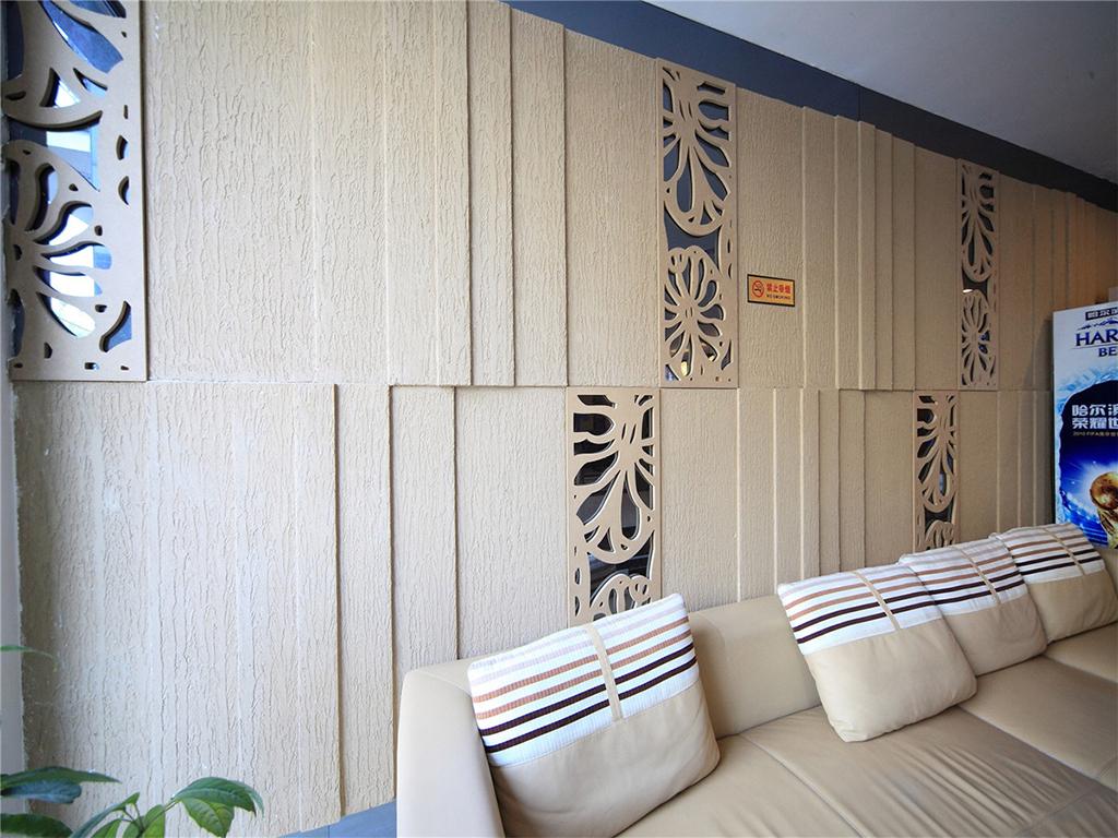 会客的沙发背景如此的清淡自然,能很好的使会客双方的神经都不自觉的放松。