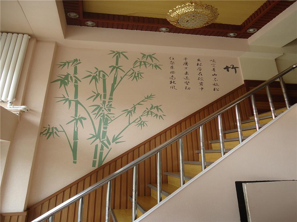 竹之意境,竹之淡雅,竹之清幽,让你行走其中会不自觉地放轻脚步。
