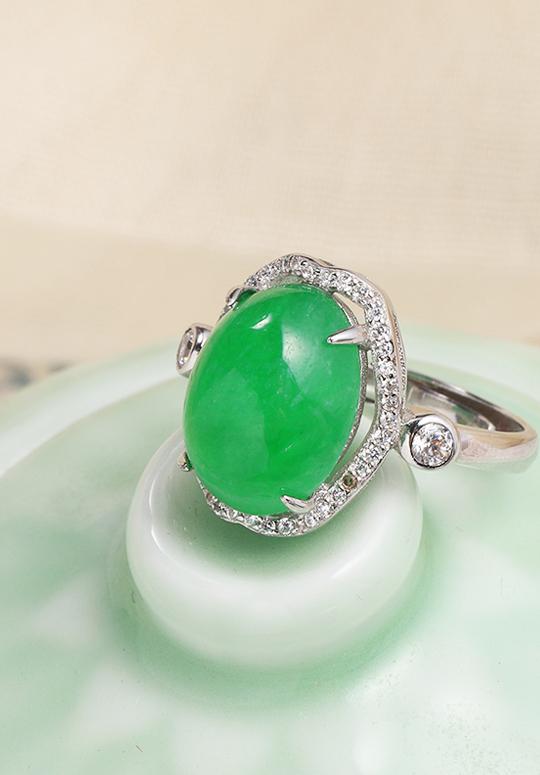 帝王绿翡翠戒指