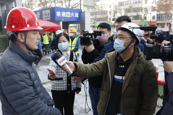 央视等多家媒体到六建集团项目采访